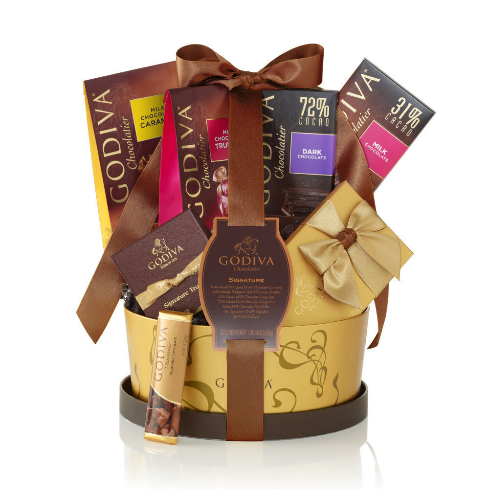 Signature Gift Basket, Classic Ribbon