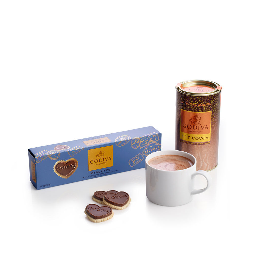 Strawberry Milk Chocolate Biscuit and Milk Cocoa Gift Set
