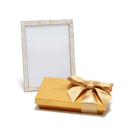 Mother of Pearl Shell Picture Frame with Gold Gift Box, 8 pc.