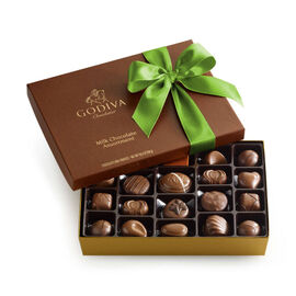 Milk Chocolate Gift Box, Kiwi Ribbon, 22 pc.
