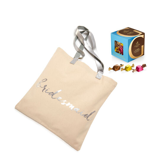 Bridesmaid Tote Bag with Milk Chocolate Assortment G Cube Box, 22 pcs. image number null