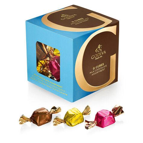 Luxury Gold Bowl with Milk & Dark Chocolate G Cube Truffles
