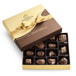Milk Chocolate Gift Box, Gold Ribbon, 15 pc.