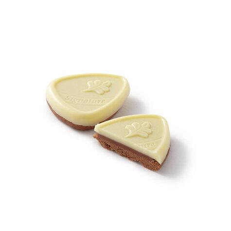 Framboise White Chocolate Raspberry Biscuit